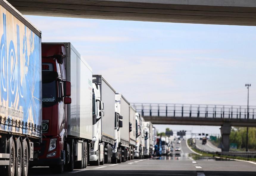Prevoznici prijete blokadama puteva i granica