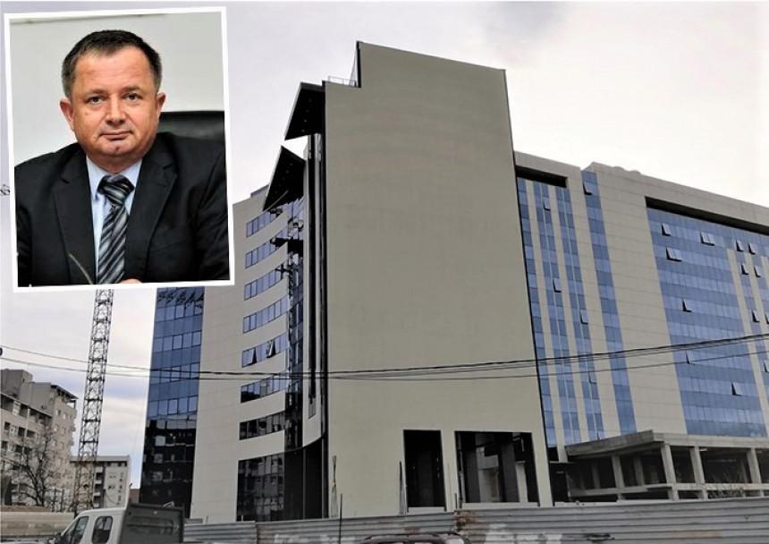 Dodik i Čović preko Džakule kupuju zgradu Radišića