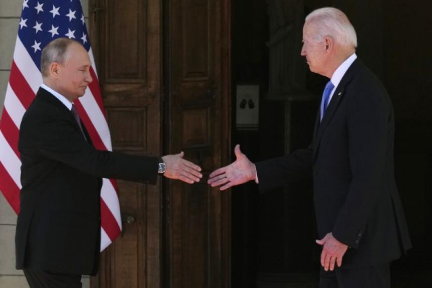 Konačno: Počeo samit - Putin i Bajden se rukovali