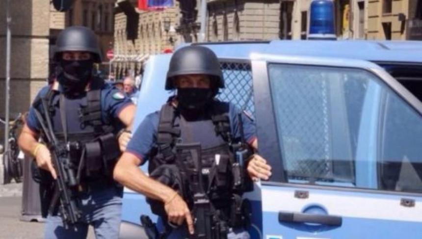 Rim: Ručno rađena bomba u vozilu državnog službenika