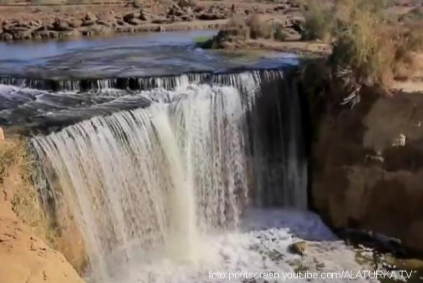 Ovo su jedini vodopadi u Egiptu! (VIDEO)