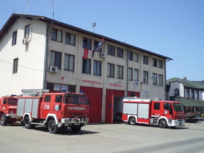 Srbac: U požaru potpuno izgorio pomoćni objekat