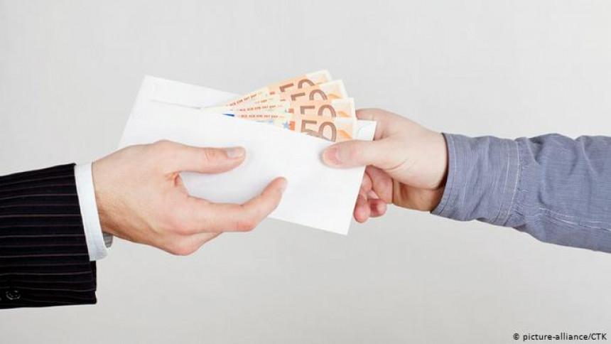 Зашто особе које пријаве корупцију немају заштиту?