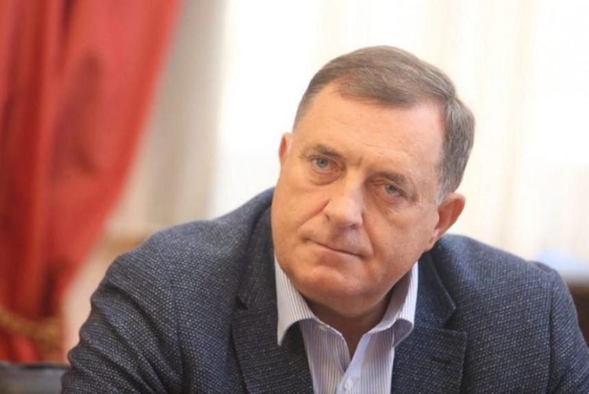 Sve žešće kritike na račun Dodika iz njegovih redova