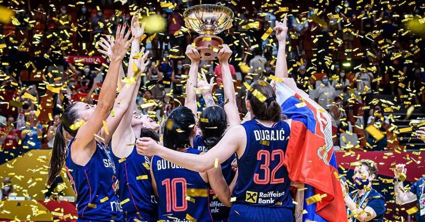 Свечани дочек за златне кошаркашице у Београду