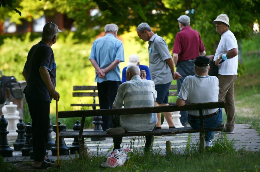 Korak po korak do besplatnog prevoza za penzionere