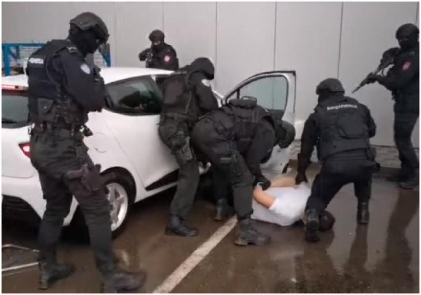 Šta se krije iza hapšenja inspektora u Banjaluci?!