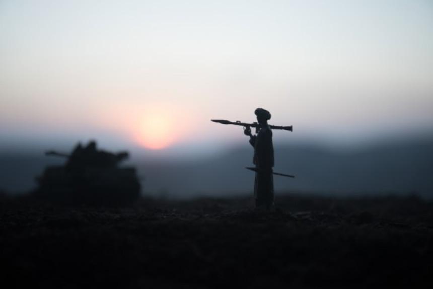 Афганистанска војска ликвидирала гувернера из сјенке