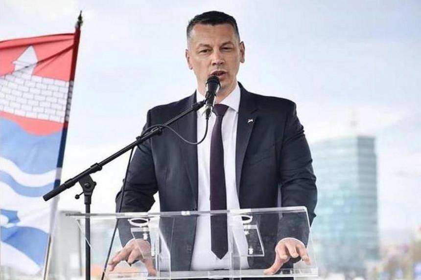 Захвалност Вучићу што је ослонац и подршка Српској