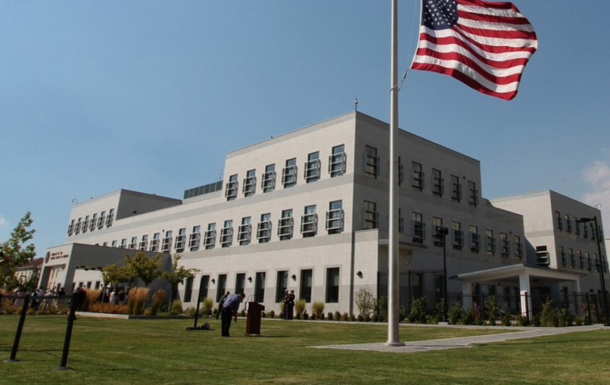 Ambasada SAD: Podražavamo OHR i Kristijana Šmita!