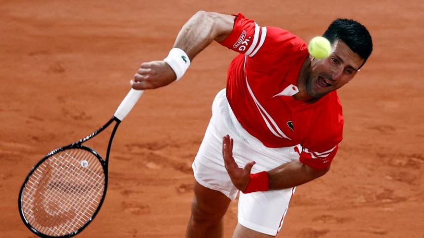Новак Ђоковић пласирао се у полуфинале у Токију