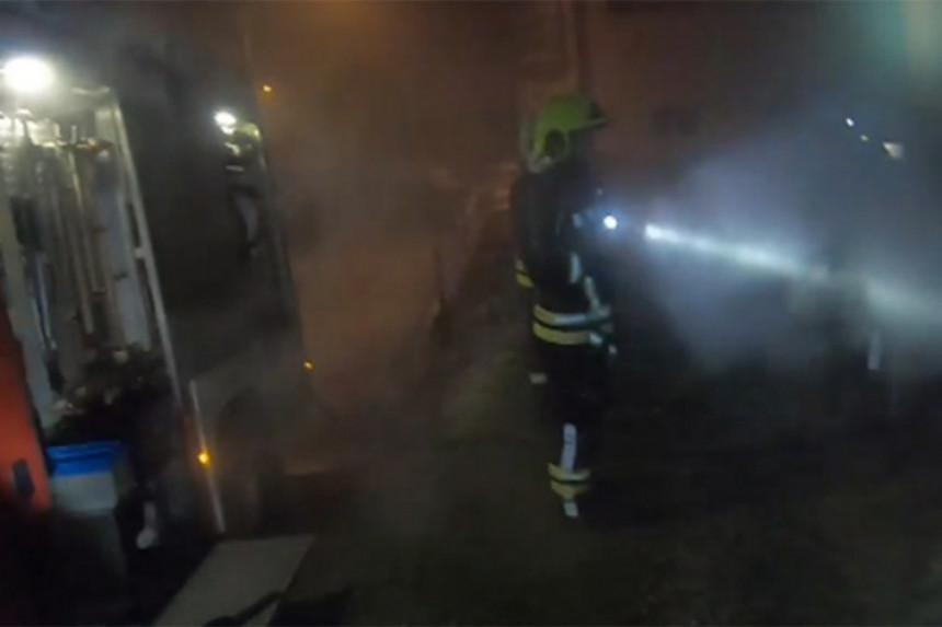 Tokom prošle noći izgorio džip u centru Banjaluke