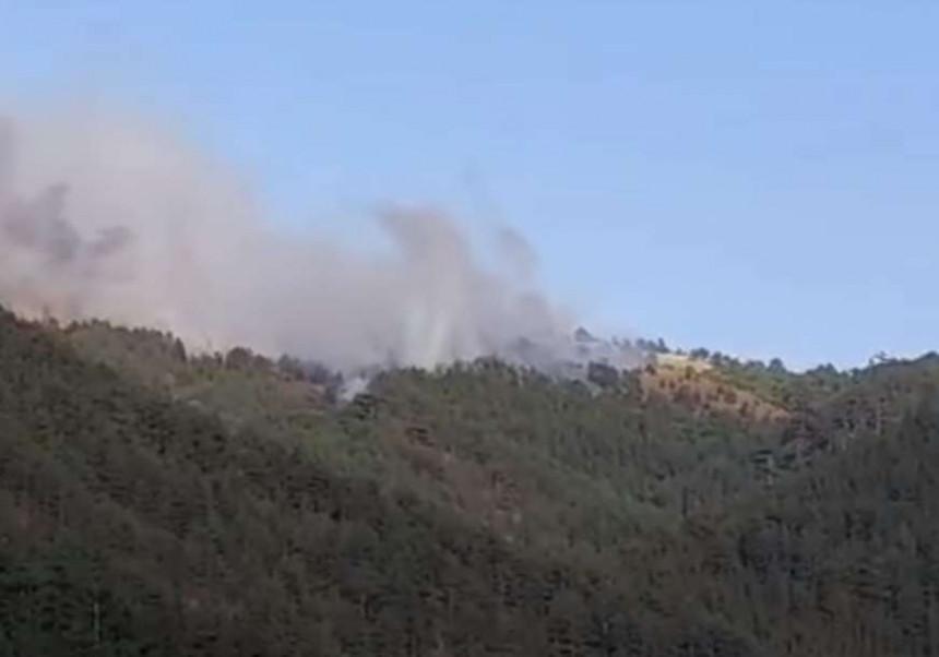 Vatra se širi: Vanredna situacija na Mokroj gori
