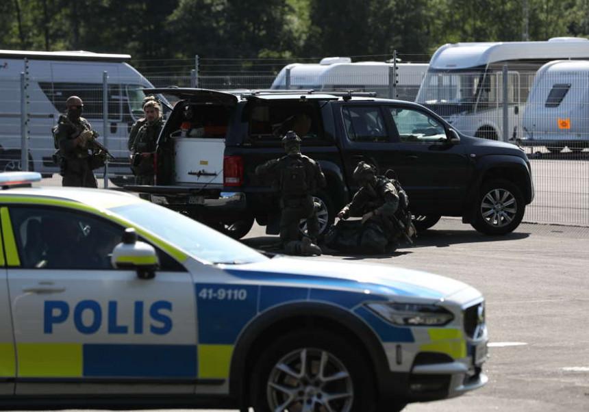 Ватрени окршај у Шведској: Рањено неколико људи