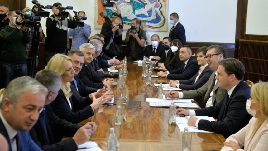 Лидери странака из Српске на радном ручку код Вучића