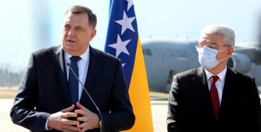 Dodik u Beogradu ponovo o referendumu i promjeni granica