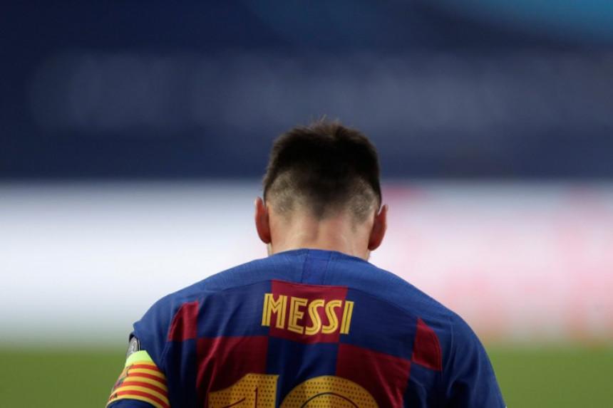 Nakon 672 gola, Mesi napustio Barselonu