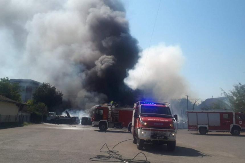 Požar u Banjaluci stavljen pod kontrolu