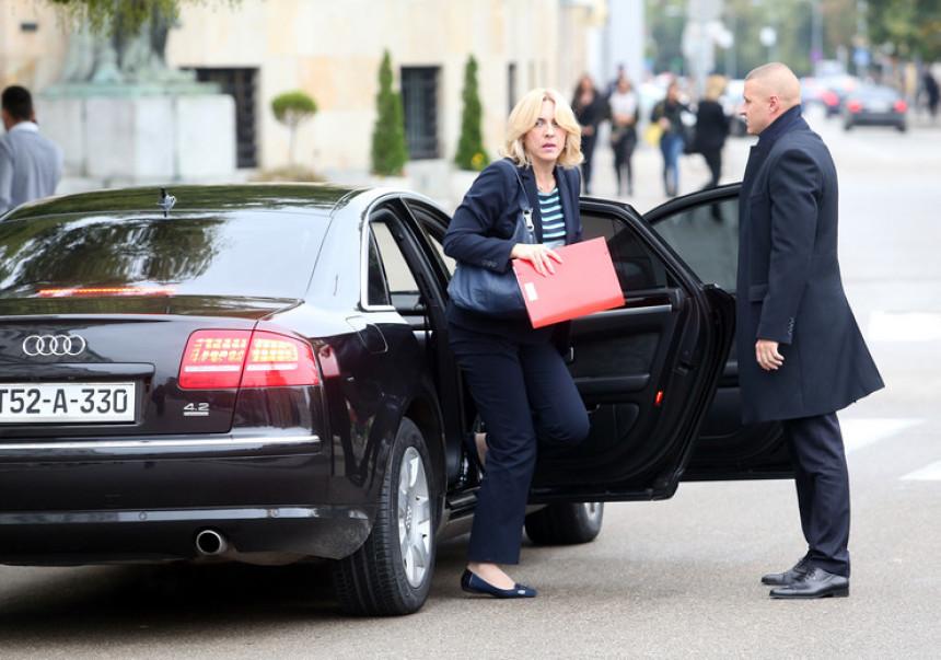"""Cvijanovićeva odustala od pogodovanja """"Nestro Petrolu"""""""
