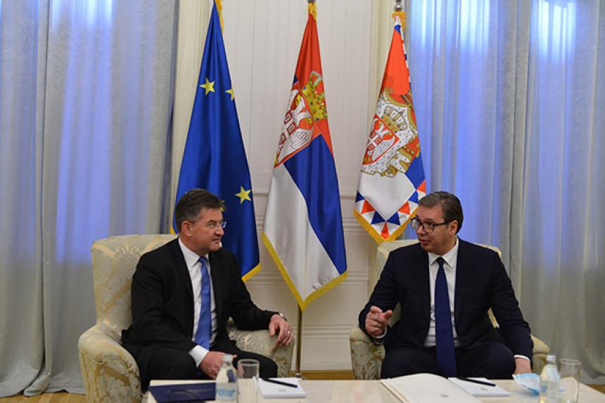 Lajčak sa Vučićem sutra o nastavku dijaloga