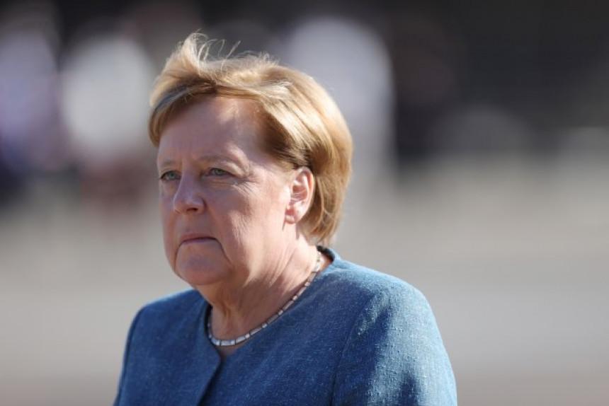Да Њемачка буде стабилна, он мора бити канцелар!
