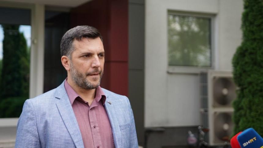 Золак одговорио - Кадар СНСД-а донио правилник Агенције