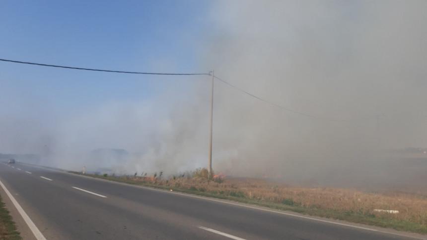 Požar kod Bijeljine: Vozači oprez, smanjena vidljivost
