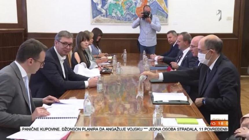 EU: Sastanak za dva dana; Vučić: Srbija neće pristati