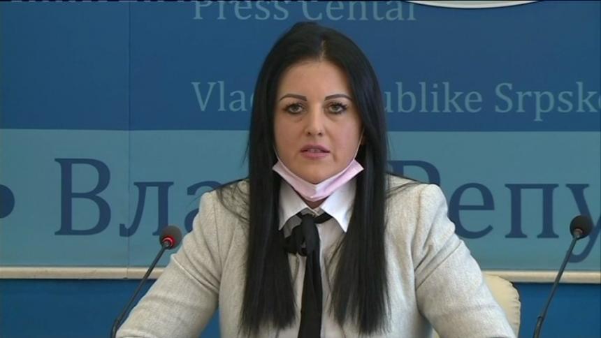 Ministarska fotelja joj jača od stranke: Ostajem u Vladi!