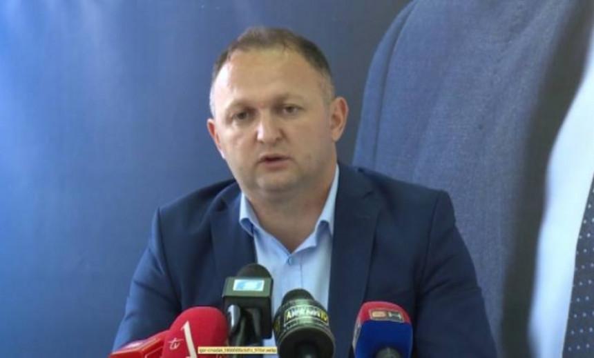SDS-u pristupio mjesni odbor SDS Semberija - Mićo Mićić