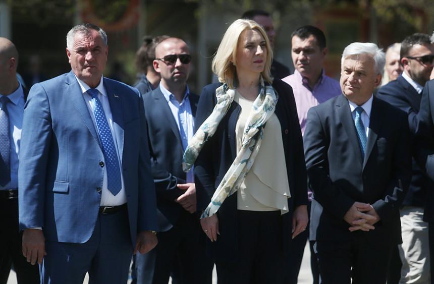 Ambasadori Kvinte pozvali zvaničnike Republike Srpske