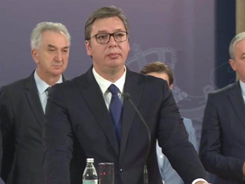 Predsjednik Vučić pozvao na smirivanje tenzija