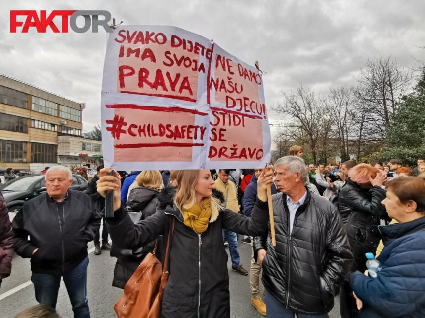 Поново протести због дјеце из Пазарића