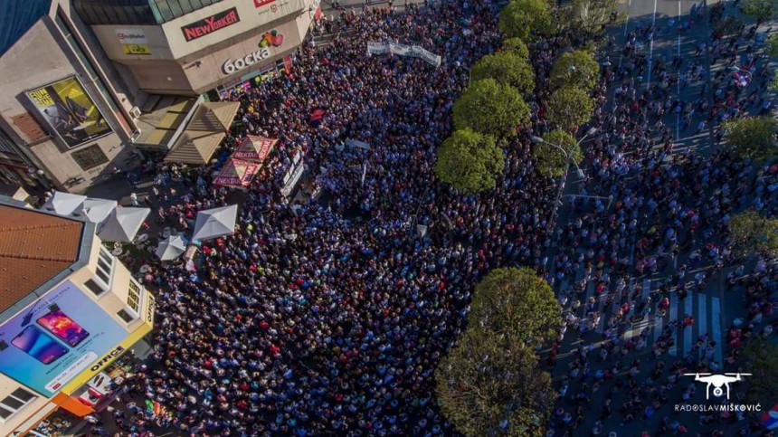 Deset hiljada građana tražilo pravdu!