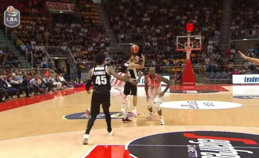 Video: Srpski mađioničar opčinio Italiju!