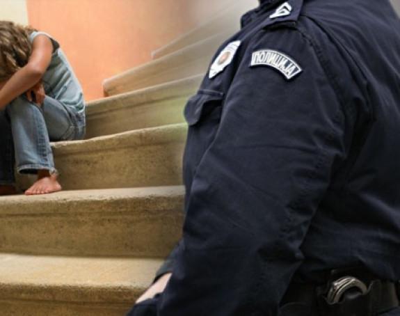 Policajac pokušao da obljubi dijete u Boru