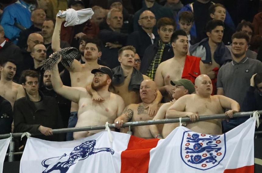 Video: Englez go na tribini, uz vrijeđanje Nijemaca!