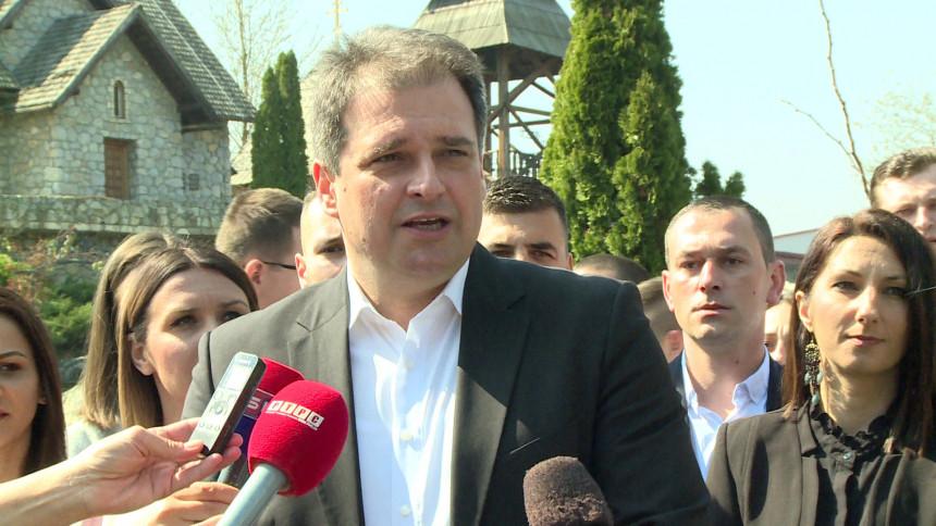 Mladi treba da čuvaju Srpsku