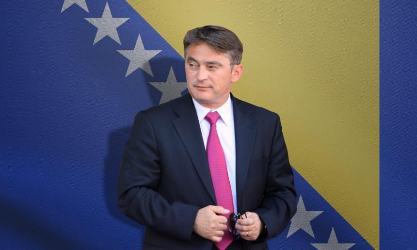 Komšić: Zašto Dodik žrtvuje Zorana Tegeltiju?