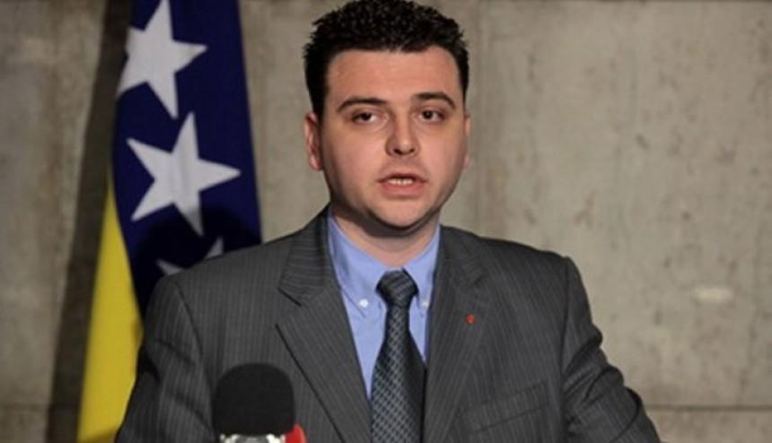 """SDP vraća u igru  """"aprilski paket"""" ustavnih promjena"""
