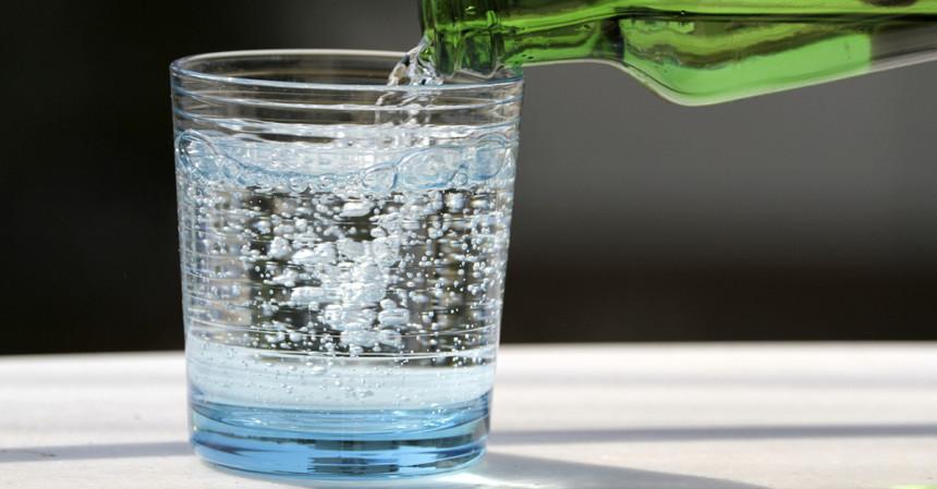 Gazirana voda hidrira organizam