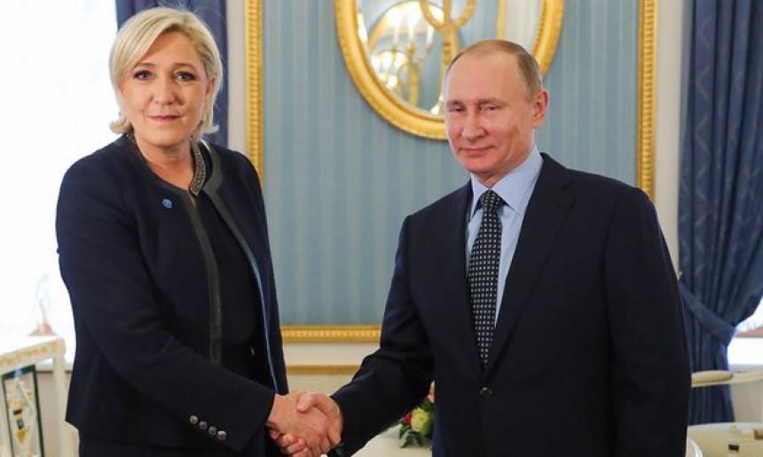 Sastali se Putin i Marin Le Pen