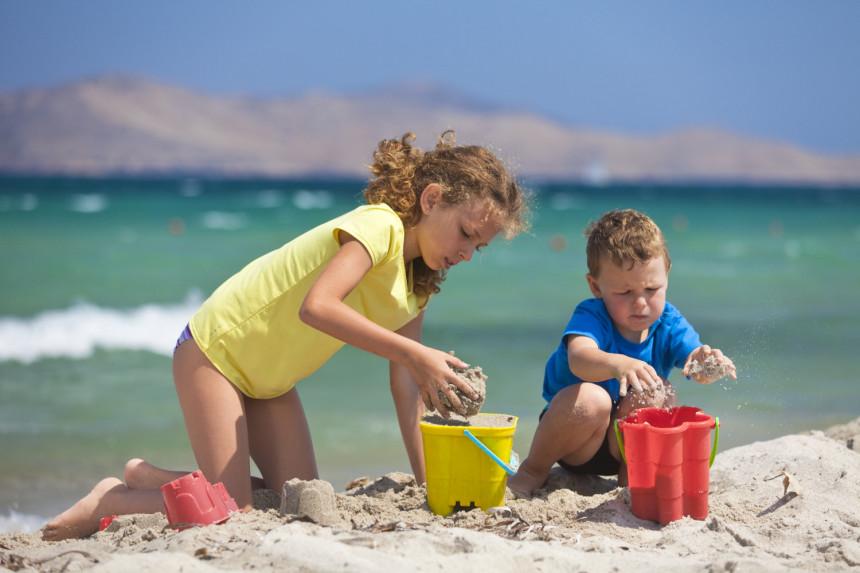 Spisak obaveznih stvari za ljetovanje sa djecom