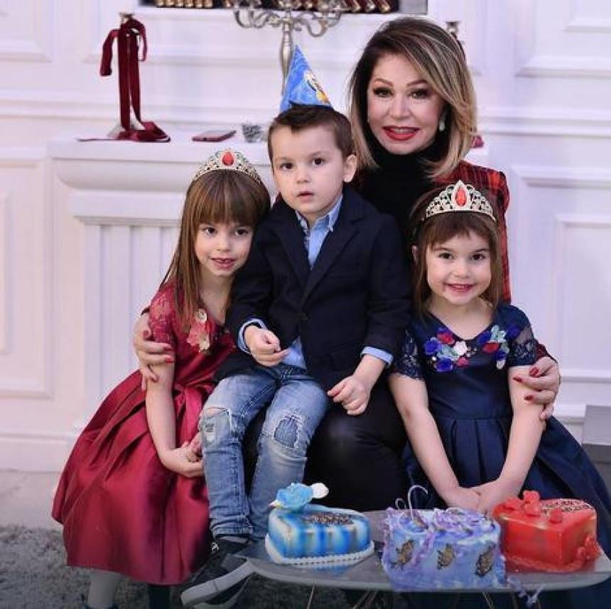 Neda slavila rođendan unucima