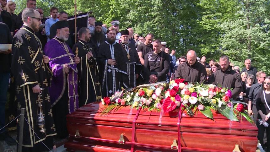 Hiljadu ljudi na sahrani Krunića