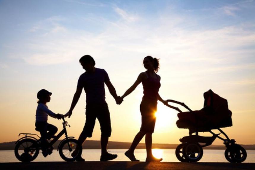 Roditeljstvo (ni) je lako kao prije