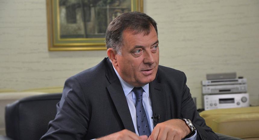 """Dodik: """"Ništa mi ne možete, iza mene stoji referendum!"""""""