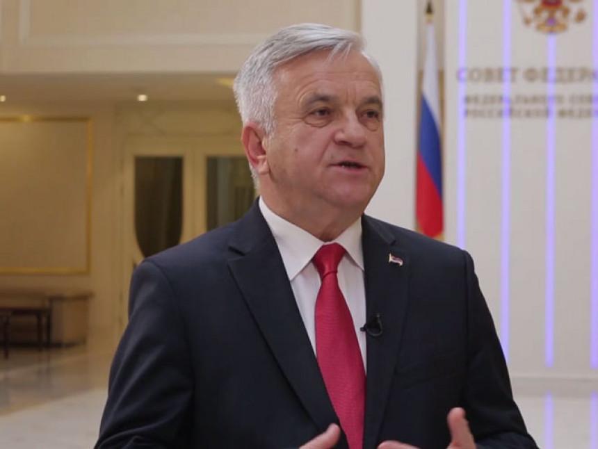 Prihvatiti SNSD-ove stavove kroz parlament Srpske