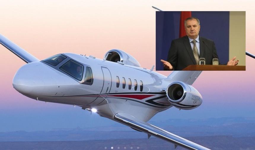 Premijer slagao: Avion Vlade RS letio i u subotu
