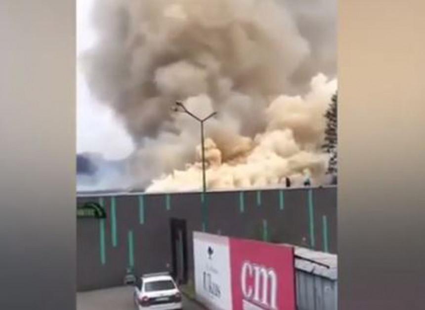 """Tešanj: Izbio veliki požar u restoranu """"Ukus"""""""